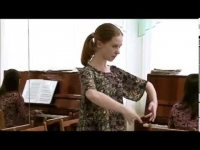 "Embedded thumbnail for Алена Атаманенко, преподаватель классического танца ОХИ приняла участие в проекте ТВ ""ВЭ ""Я помню..."""